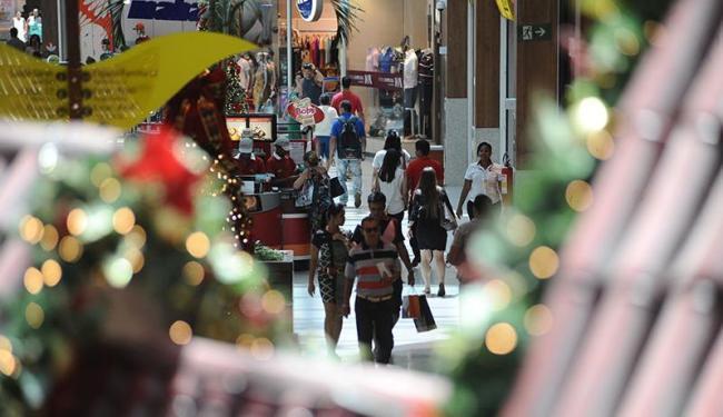 Shoppings querem atrair mais públicos em ano de crise - Foto: Raul Spinassé   Ag. A TARDE