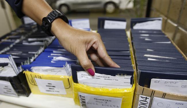 As vagas estão distribuídas em quatro cargos; 20 delas são para o cargo de consultor de vendas - Foto: Margarida Neide | Ag. A TARDE