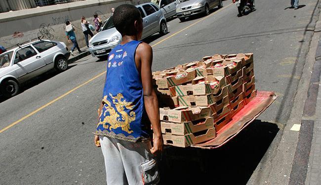 O trabalho infantil na zona urbana está próximo da erradicação na faixa etária de 5 a 9 anos - Foto: Haroldo Abrantes | Ag. A TARDE
