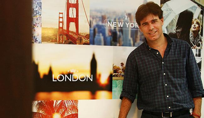 Vandystadt, gerente da agência EF Salvador, afirma que o investimento pode chegar a R$ 40 mil - Foto: Mila Cordeiro | Ag. A TARDE