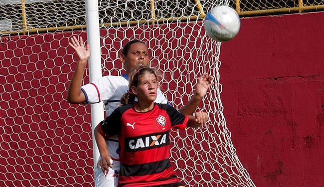 Rubro-negras jogam em casa contra favorito São Francisco - Foto: Margarida Neide l Ag. A TARDE l 13.12.2014
