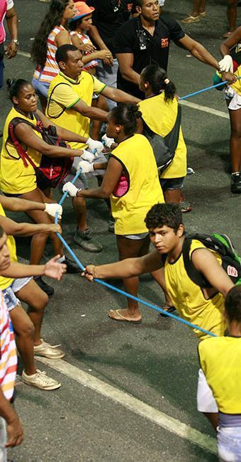 Entre as vagas de Salvador, 100 são para o cargo de cordeiro para atuar no Carnaval - Foto: Joá Souza   Ag. A TARDE