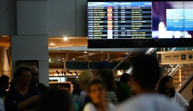 As viagens nacionais, com saídas de Salvador, tem preço mínimo de R$ 97 - Foto: Raul Spinassé | Ag. A TARDE