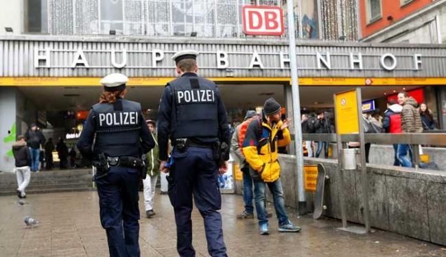 Mais de 500 policiais e autoridades do sul da Baviera foram chamados para Munique - Foto: Agência Reuters