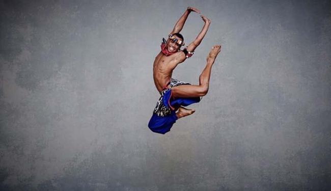 O bailarino Ed Cruz foi selecionado para estudar na Alvin Ailey American Dance Theather School - Foto: Andrew Eccles | Divulgação