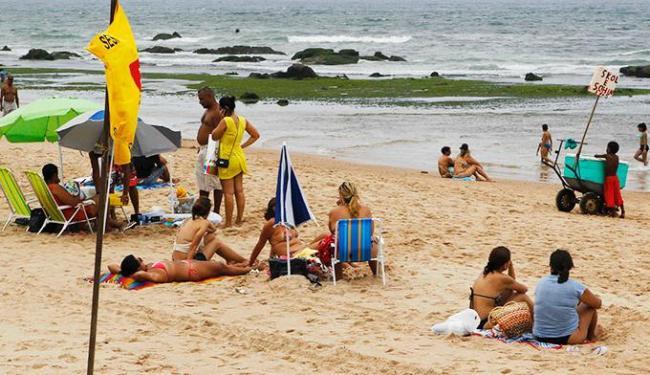 Banho na praia da Boca do Rio é considerado impróprio - Foto: Eduardo Martins | Ag. A TARDE 02.11.2012