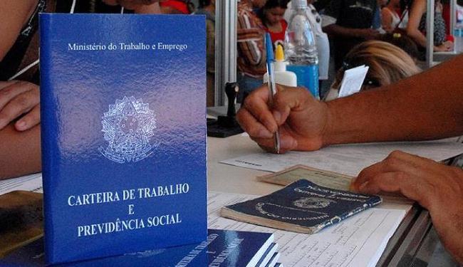 Interessados devem ir às unidades do SineBahia em Salvador, Jequié e Itabuna - Foto: Marcello Casal Jr. l Agência Brasil