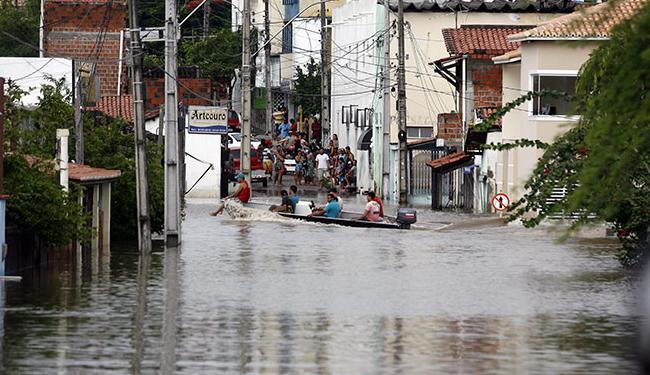 Número de desalojados tende a subir, segundo prefeita - Foto: Luiz Tito / Ag. A Tarde