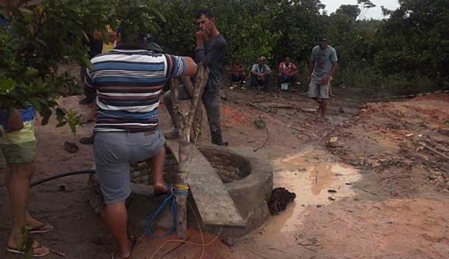 Acidente aconteceu no dia 20 de janeiro, mas idoso continua no local - Foto: Blog Rio Real Online