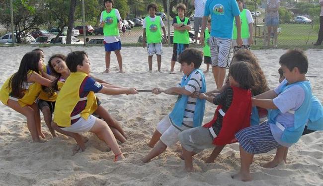 Gincanas são algumas das atividades elaboradas para as crianças - Foto: Divulgação