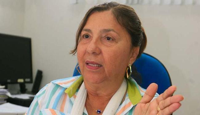 A delegada Laura Argôllo cobra ações educativas - Foto: Luciano da Matta  Ag. A TARDE