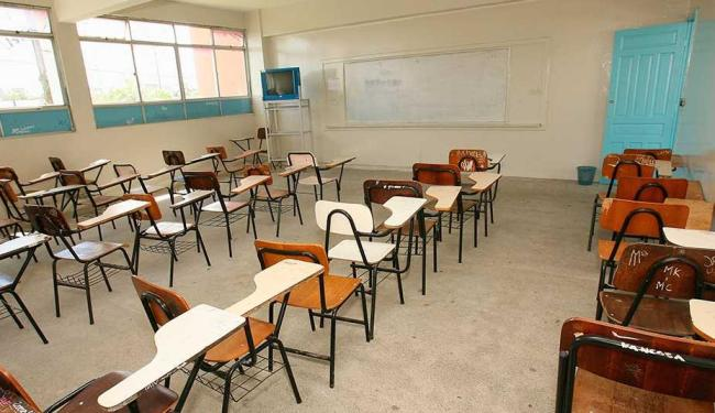 Entre os adolescentes de 15 a 17 anos, 17,4% não estavam na escola - Foto: Joá Souza | Ag. A TARDE