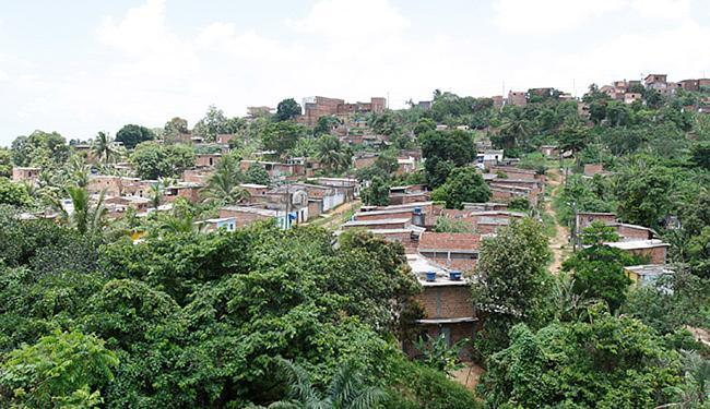 Nova Constituinte vista de cima, da Estrada Velha de Periperi - Foto: Adilton Venegeroles   Ag. A TARDE