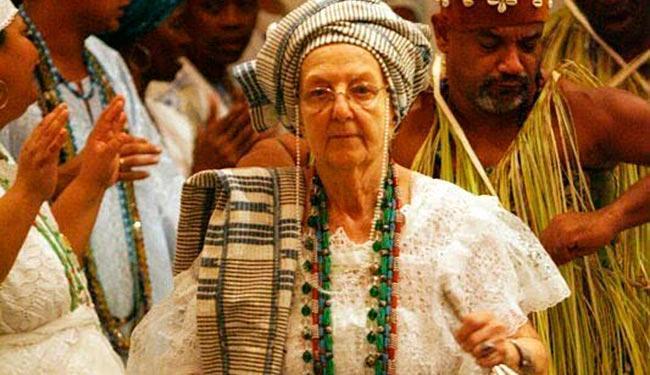 Giselle, que chegou ao Brasil em 1960, assumiu o nome de Omindarewa - Foto: Reprodução | Facebook