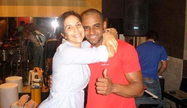 O ex-percussionista Fábio, nos tempos em que fazia parte da banda de Ivete Sangalo - Foto: Reprodução | Facebook