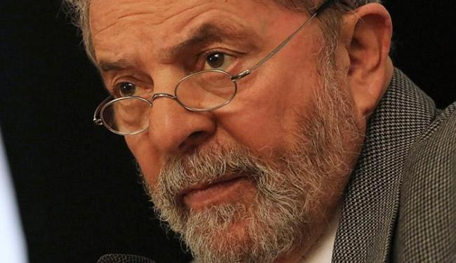 Lula nega que seja dono do apartamento - Foto: Nacho Doce l Reuters