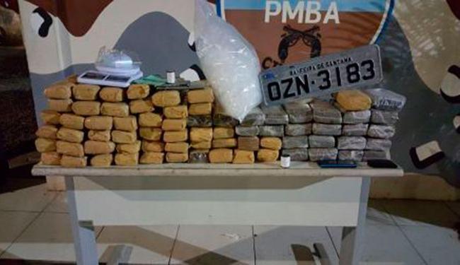 Além da droga, foram recuperados três veículos roubados - Foto: Divulgação | Polícia Militar