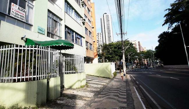 Moradores tentam lucrar com imóveis no circuito - Foto: Mila Cordeiro   Ag. A TARDE   13.01.2015