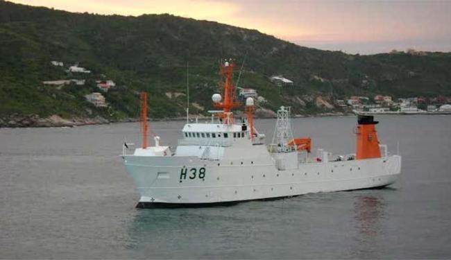 Navio é equipado com laboratórios que farão novas análises da água - Foto: Divulgação | Marinha do Brasil