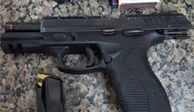Policiais federais apreenderam armas com os criminosos - Foto: Divulgação | PF