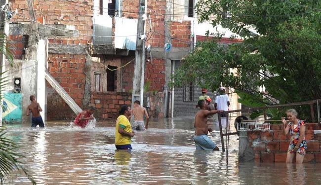 Chuva castiga a cidade desde a segunda-feria, 4 - Foto: Lúcio Távora | Ag. A TARDE