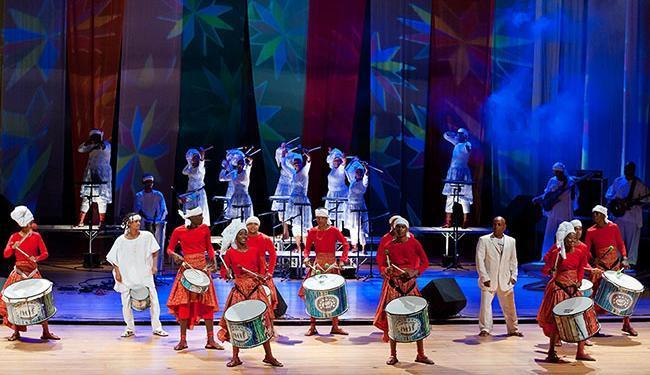 O Cortejo Afro fará um dos mais de 80 shows da programação de verão - Foto: Edgar de Souza   Divulgação