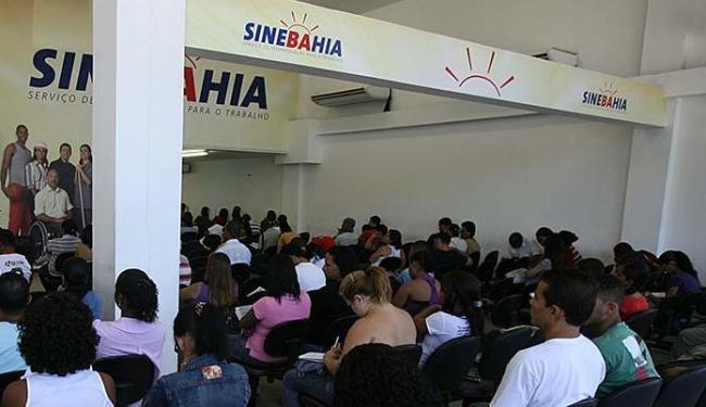 As senhas serão distribuídas a partir das 6h10 na unidade central do SineBahia, na avenida ACM - Foto: Erik Salles | Ag. A TARDE | 10.05.2011
