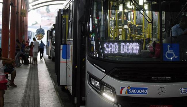 Novos tarifas de ônibus devem vigorar na quinta-feira, 21 - Foto: Luiz Tito l Ag. A TARDE