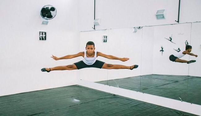 Thiago descobriu o balé após fazer karatê e capoeira - Foto: Matheus Pirajá   Divulgação