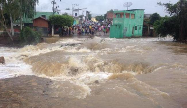 Segundo prefeito, choveu em Tremedal o previsto para o ano inteiro - Foto: Blog do Anderson