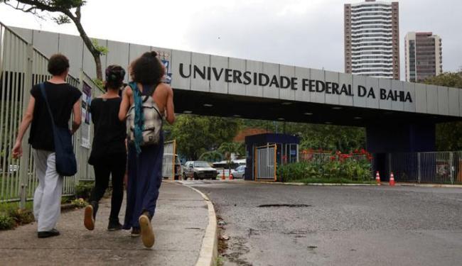 Os aprovados deverão fazer a matrícula nos dias 22, 25 e 26 de janeiro - Foto: Joá Souza | Ag. A TARDE