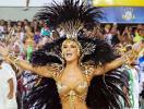 Cláudia Leitte deixa coroa da Mocidade - Foto: Reprodução   Instagram