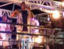 Foliões requebram com Xanddy na Barra - Foto: Ag. A TARDE