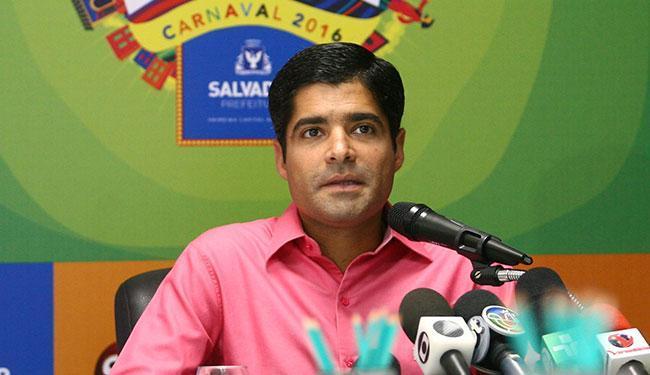 CM Neto falou da mudança durante reunião de balanço do primeiro dia de Carnaval nesta quinta - Foto: Adilton Venegeroles | Ag. A TARDE