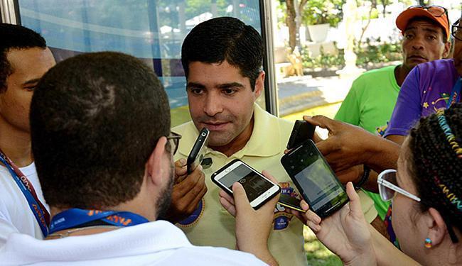 Neto pediu a secretário para não ser informado sobre finanças até o fim da folia - Foto: Valter Pontes l Agecom