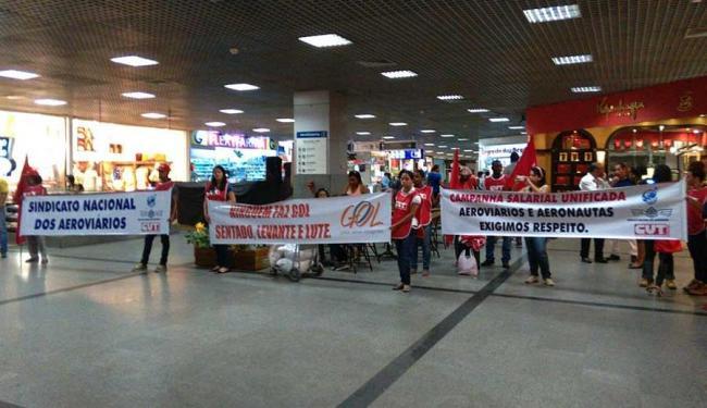 Paralisação começou às 5h desta quarta no Aeroporto de Salvador - Foto: Edilson Lima   Ag. A TARDE