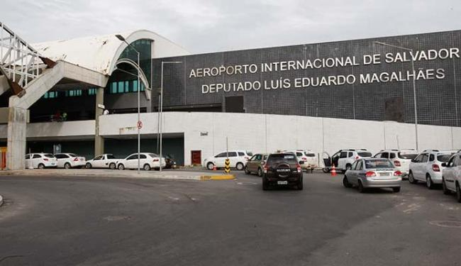 Passageiros devem ficar atentos com atrasos e mudanças nos voos - Foto: Margarida Neide | Ag. A TARDE