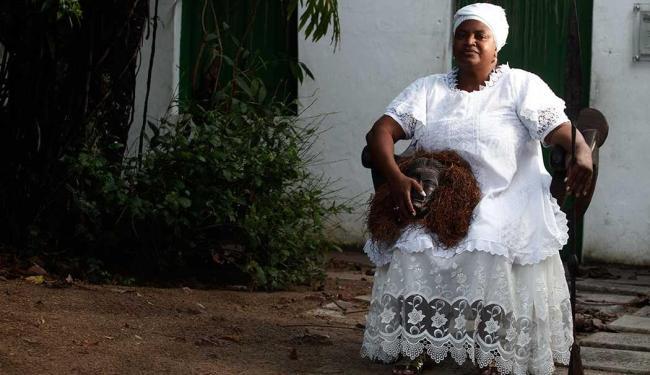 Mãe Lúcia, do Terreiro São Jorge Filho de Goméia, viajou três vezes para Angola - Foto: Lúcio Távora | Ag. A TARDE