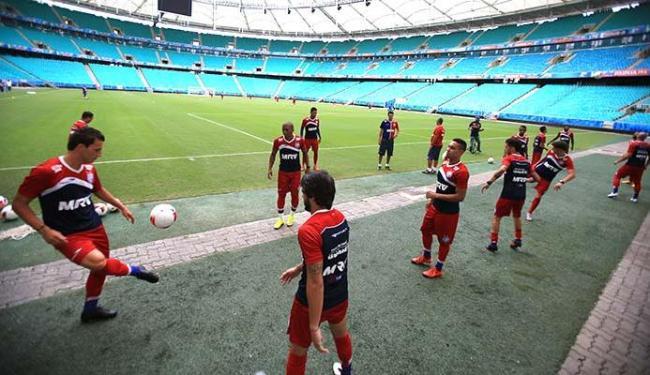 Jogadores treinam na Fonte Nova - Foto: Joá Souza | Ag. A TARDE 22.1.2016