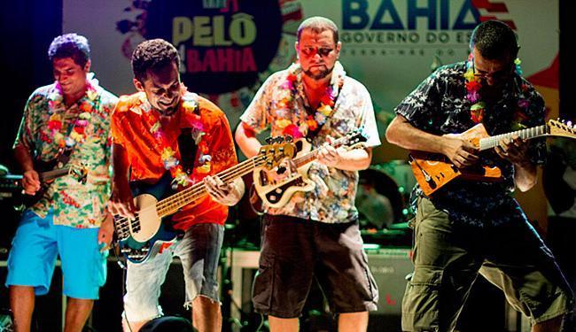 Retrofoguetes se apresentou no Largo Quincas Berro D'Água nesta terça-feira, 9 - Foto: Divulgação
