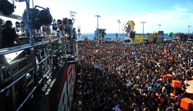 Bell comanda multidão no Barra/Ondina - Foto: Silvio Tito   Agecom