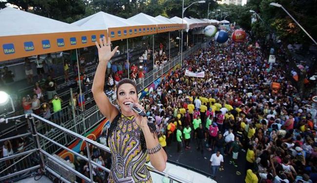 Ivete Sangalo puxou um trio independente pela primeira vez na carreira - Foto: Raul Spinassé | Ag. A TARDE