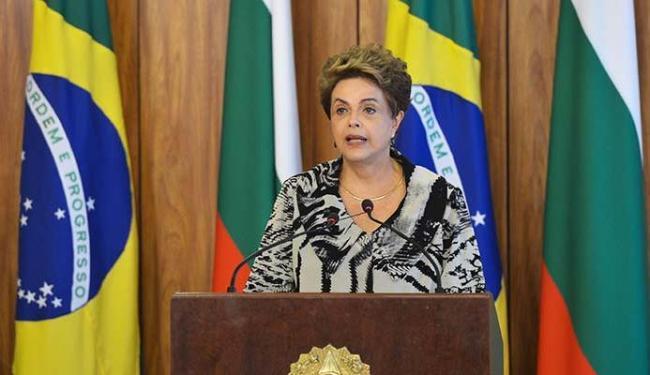 Presidente vai visitar fábrica que produz mosquitos transgênicos do Aedes aegypti. - Foto: Antônio Cruz   Agência Brasil