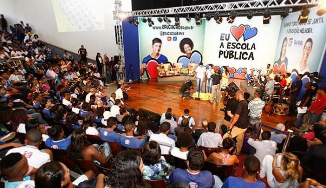 Cerca de 650 estudantes assistiram à aula inaugural, nesta quarta-feira, 17, na Escola Parque - Foto: Luciano da Matta l Ag. A TARDE