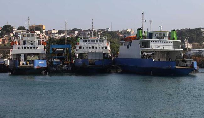 Este é o segundo caso de colisão entre embarcações em menos de um mês - Foto: Adilton Venegeroles | Ag. A TARDE | 26/11/2015