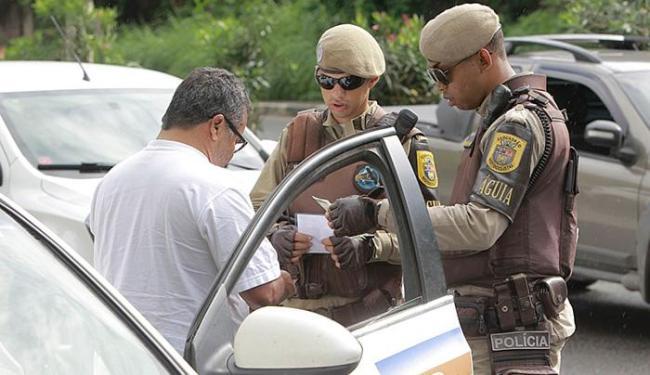 Fiscalização no trânsito: boleto pago evitará multas - Foto: Divulgação l Gov-BA