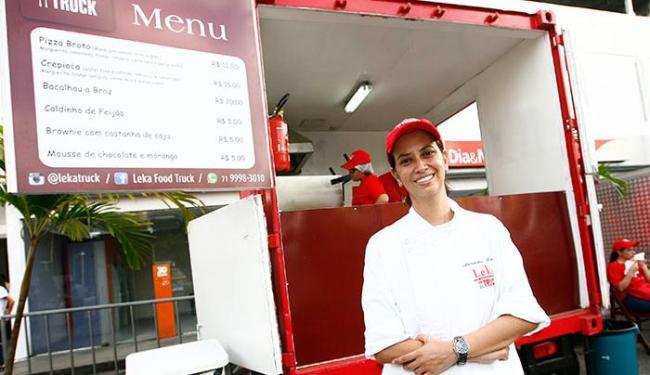 Leka Food Truck é um dos estabelecimentos presentes nas vilas - Foto: Mila Cordeiro | Ag. A TARDE