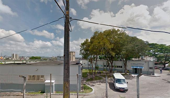 O paciente foi ao Hospital São Lucas (foto) no dia anterior à morte com febre e anemia - Foto: Reprodução | Street View