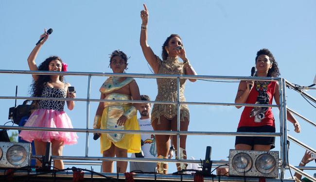 Nat Veras, João Pedro e Bell Lis cantaram juntos a música
