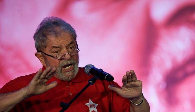 A primeira iniciativa concreta da estratégia será propor a convocação de Lula para depor na CPI - Foto: Ueslei Marcelino | Agência Reuters | 14.08.2015